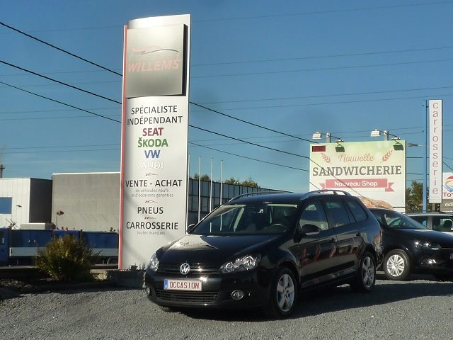 VW GOLF VARIANT TREND 1.6TDI 105CV-2013-10600€